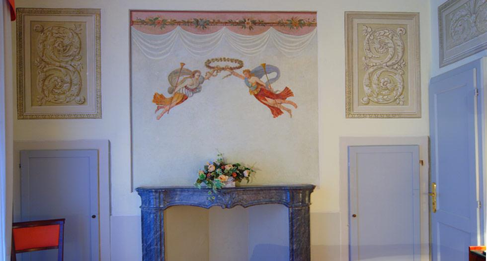 suite-frescoed-room-hotel-antico-pozzo-san-gimignano-siena