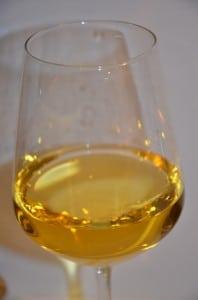 bicchiere vernaccia sangimignano